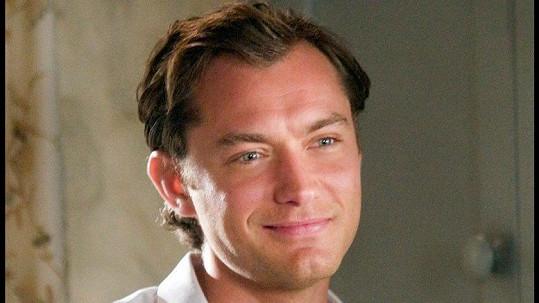 Jude Law v romantické komedii Prázdniny