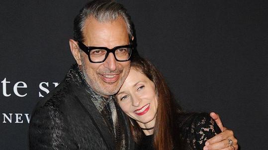Jeff Goldblum se pochlubil manželkou.