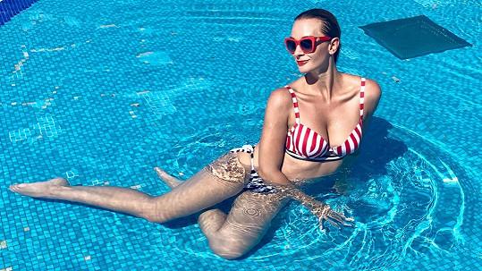 Bára Mottlová se odletěla slunit do Tuniska.