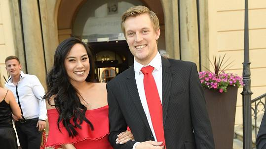 Tomáš Verner a jeho manželka Tammy budou rodiči.
