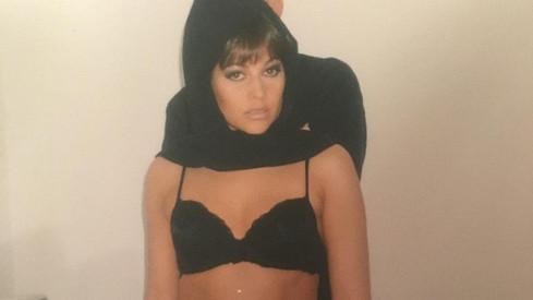 Ilona Csáková v podprsence na archivní fotce z roku 1998
