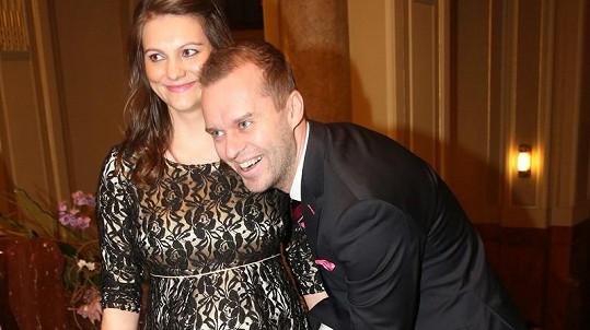 Pavel Cejnar s přítelkyní Veronikou se stali rodiči Matěje.
