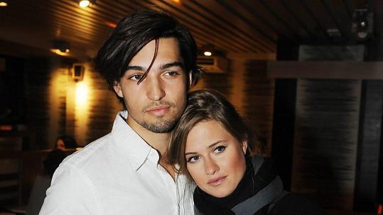 Emma s Jordanem si doma rozdělují práci velmi zvláštně.