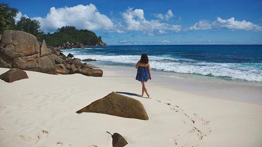 Ewa Farna si užívá dovolenou u moře.