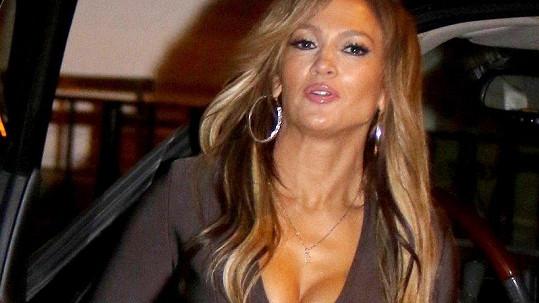 Jennifer Lopez ve filmu Hustlers