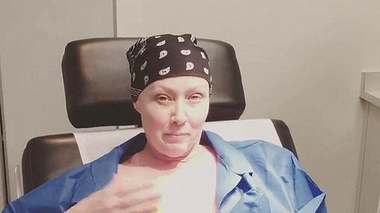 Shannen Doherty podstupuje další léčbu.