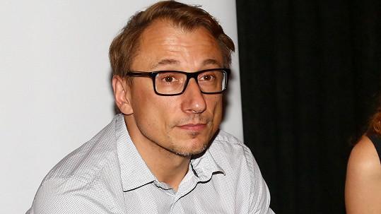 Herec Petr Stach nedávno přišel o čtyřnohou přítelkyni.