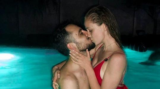 Anna Kadeřávková se pochlubila snímkem s novou láskou.