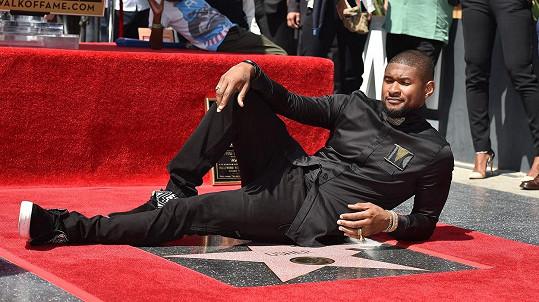 Loňského roku se Usher dočkal své hvězdy na hollywoodském chodníku slávy.