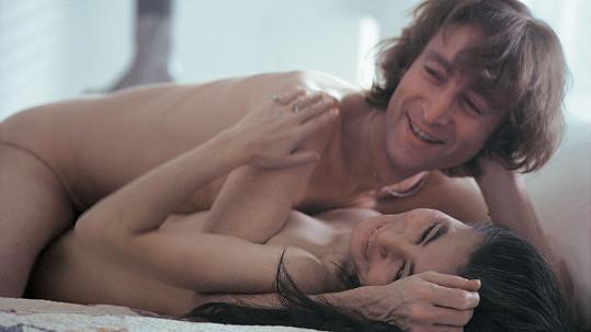 John Lennon s Yoko Ono v listopadu 1980 propagovali nové album a zářili štěstím.