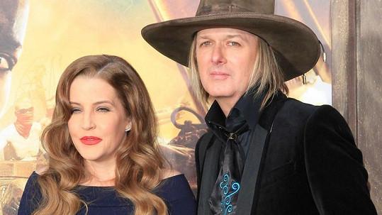 Lisa Marie Presley se už zase rozvádí.