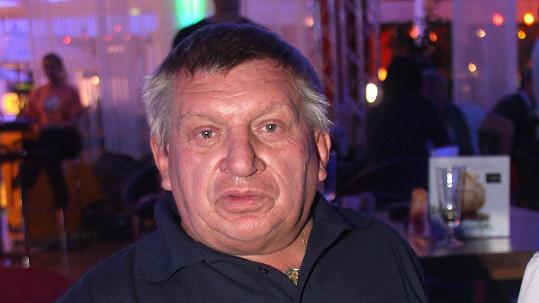 71347f97541 David Zápal - Záhada kolem skandálů Jiřího Krytináře (✝68 ...