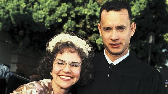 Sally Field a Tom Hanks ve filmu Forrest Gump