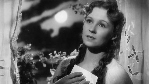 Nataša Gollová patřila za války k nejobletovanějším hvězdám. V soukromém životě měla na chlapy spíše smůlu.