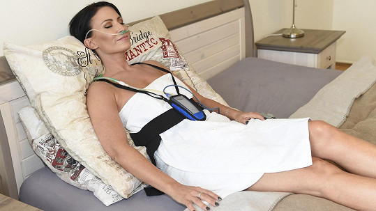 Gábina měla problémy se spánkem, proto využívá spánkovou laboratoř.