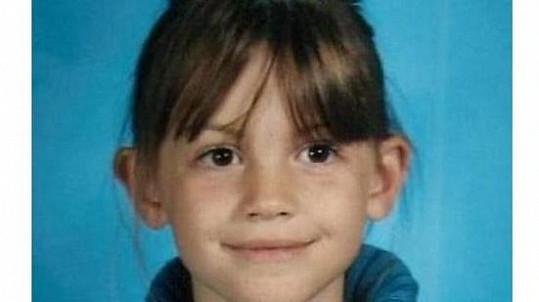 Lauren Midgley začala šedivět už jako dvanáctiletá.
