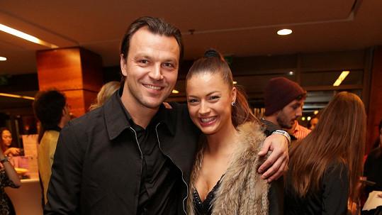 Tomáš Ujfaluši s novou přítelkyní