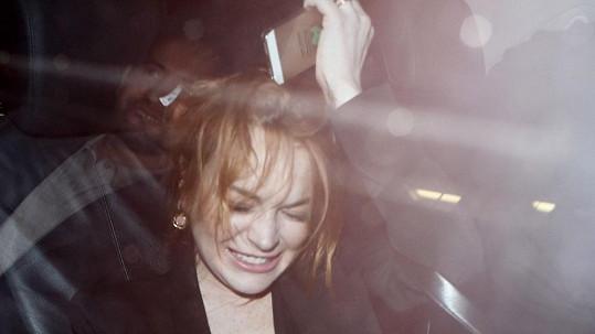 Lindsay byla hodně rozjařená.