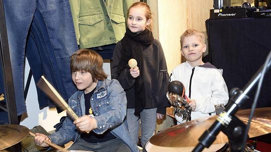Synové Lenky Krobotové a Lukáše Havelky mají blízko k hudbě.