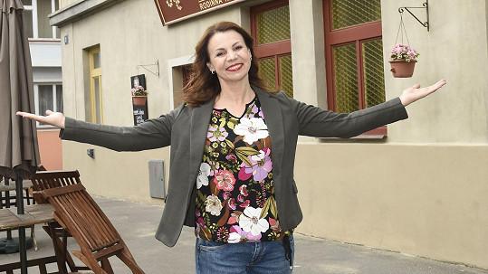 Martina Randová se bude objevovat v seriálu Ulice.