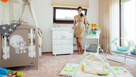 Dětský pokoj pro dcerku už má Jana Doleželová zařízený.