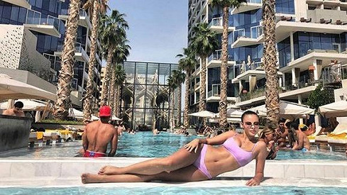 Monika Bagárová v plavkách