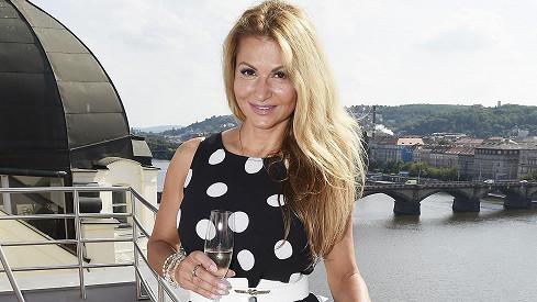 Yvetta Blanarovičová na křtu alba Lenky Graf