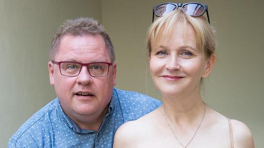 Václav Kopta je už od školních let šťastný po boku své manželky Simony Vrbické.