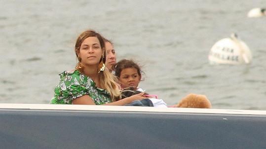 Beyoncé? Kde? Támhleta paní...?
