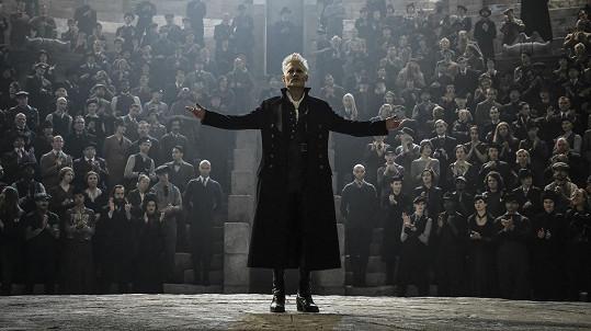 Johnny Depp jako Gellert Grindelwald ve Fantastických zvířatech