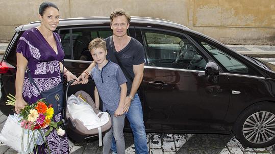 David s manželkou a syny