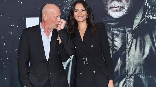 Bruce Willis se svou krásnou manželkou Emmou Heming