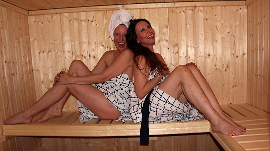 Zpěvačky Renata Drössler a Edita Randová šly holčičí drby probrat do sauny.