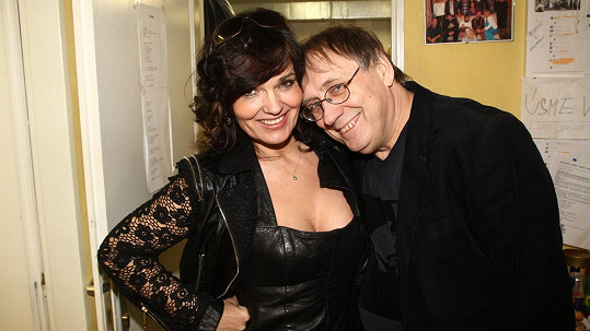 Na natáčení se Tanja potkala s Pepou Náhlovským.