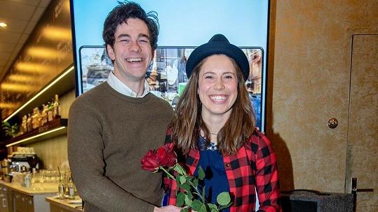 Eva Samková a Marek Adamczyk se spolu objevili poprvé ve společnosti.