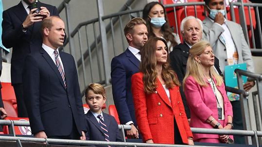 Princ William s manželkou Kate a jejich synem Georgem.
