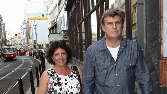Marie Rottrová s přítelem Milanem Říhou.