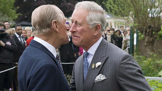 Princ Charles s princem Philipem (2013)