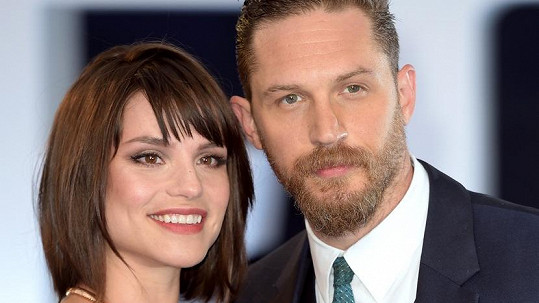 Tom Hardy a Charlotte Riley