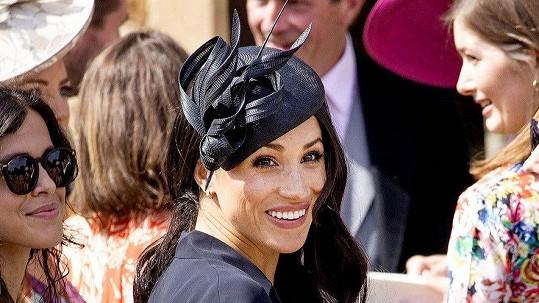 Vévodkyně Meghan cestovala bez Harryho.
