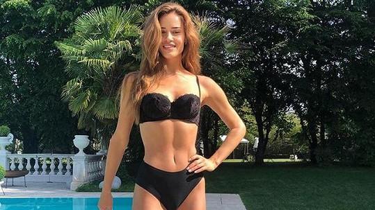 Zuzana Jandová má stále dokonalou figuru.