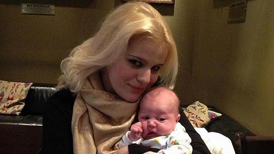 Ornella Štiková se synem Quentinem.