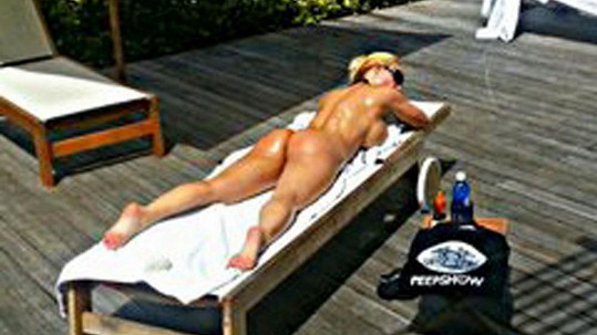 Coco Austin je pyšná na své tělo.