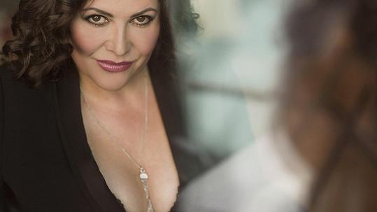 Ilona Csáková nafotila sexy fotky....