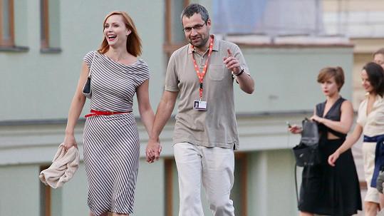 Markéta Plánková s manželem na kolonádě