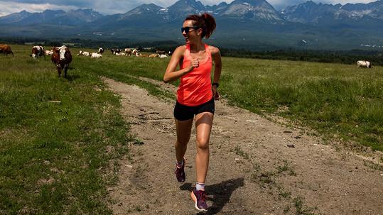 Lenka je první ženou, která přeběhla Slovensko.