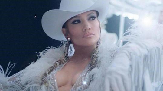 Jennifer Lopez v klipu k písni Medicine