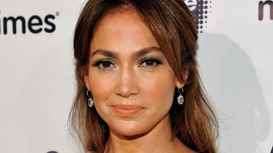 Jennifer Lopez nejspíš čelí falešnému nařčení ze sexuálního obtěžování.