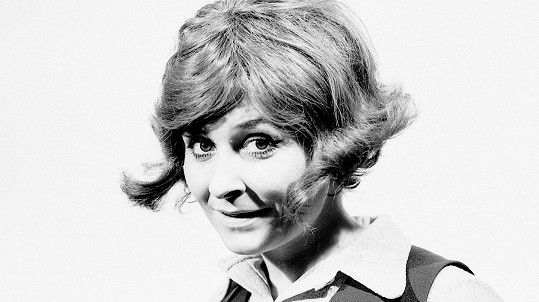 Zora Kolínska byla atraktivní zpěvačkou.