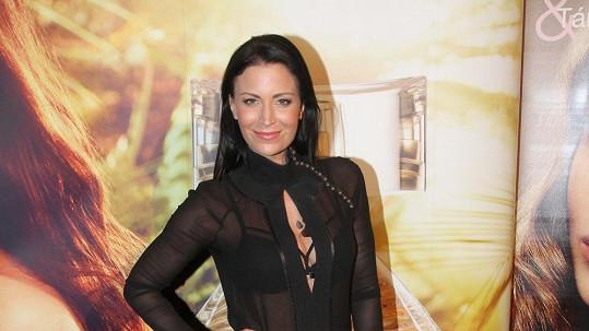 Gábina si oblékla podprsenku jako z SM salonu.